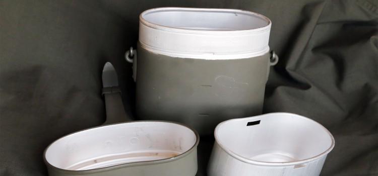 Essgeschirr, Regelung zur Verpflegseinnahme; Anordnung